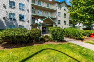 """Photo 2: 206 2435 CENTER Street in Abbotsford: Abbotsford West Condo for sale in """"Cedar Grove Place"""" : MLS®# R2592183"""