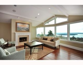 Photo 8: 1342 CAMRIDGE RD in West Vancouver: House for sale : MLS®# V804594
