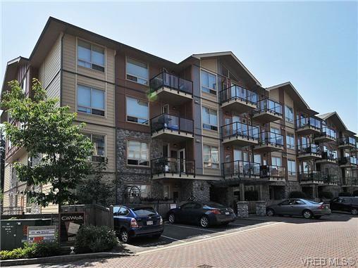 Main Photo: 102 825 Goldstream Ave in VICTORIA: La Langford Proper Condo for sale (Langford)  : MLS®# 673989