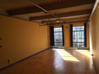 """Photo 4: 205 237 4TH Avenue in Vancouver: Mount Pleasant VE Condo for sale in """"ARTWORKS"""" (Vancouver East)  : MLS®# R2037663"""