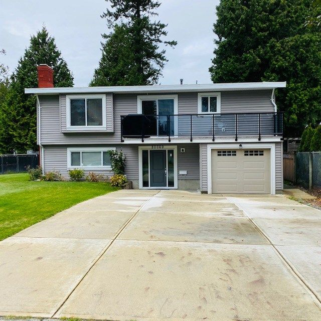 Main Photo: 20069 45 Avenue in Langley: Langley City House for sale : MLS®# R2520175
