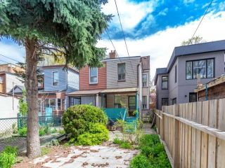 Photo 10: 48 Follis Avenue in Toronto: Annex House (2 1/2 Storey) for sale (Toronto C02)  : MLS®# C3796407