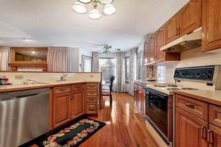 Photo 7: 850 37 Street NW in Calgary: Parkdale Detached for sale : MLS®# C4297148