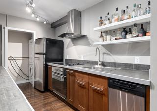 Photo 5: 701 300 MEREDITH Road NE in Calgary: Crescent Heights Apartment for sale : MLS®# A1083001