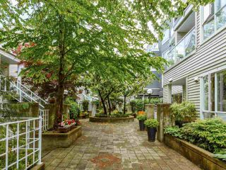 """Photo 21: 203 789 W 16TH Avenue in Vancouver: Fairview VW Condo for sale in """"SIXTEEN WILLOWS"""" (Vancouver West)  : MLS®# R2591113"""