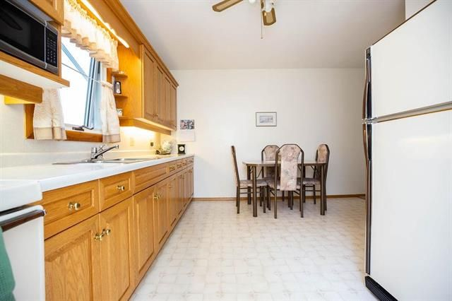 Photo 6: Photos: 46 Havelock Avenue in Winnipeg: Residential for sale (2D)  : MLS®# 1914025