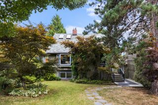 """Main Photo: 2025 E 20TH Avenue in Vancouver: Grandview Woodland House for sale in """"TROUT LAKE"""" (Vancouver East)  : MLS®# R2616981"""