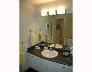 """Photo 6: 211 1106 PACIFIC Street in Vancouver: West End VW Condo for sale in """"WESTGATE LANDING"""" (Vancouver West)  : MLS®# V755168"""
