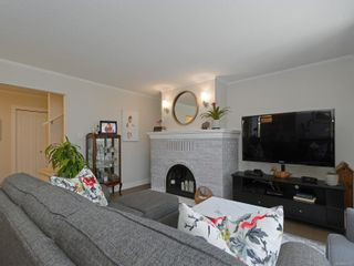 Photo 5: 5 1096 Stoba Lane in : SE Quadra Row/Townhouse for sale (Saanich East)  : MLS®# 851744