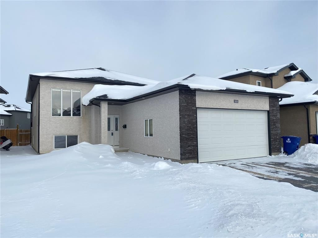 Main Photo: 222 Kinloch Crescent in Saskatoon: Parkridge SA Residential for sale : MLS®# SK834210