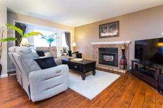 Photo 7: 26593 28 Avenue in Langley: Aldergrove Langley House for sale : MLS®# R2526387