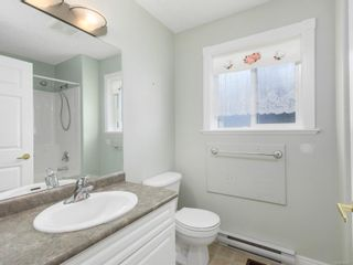 Photo 4: 690 Moralee Dr in : CV Comox (Town of) House for sale (Comox Valley)  : MLS®# 866057