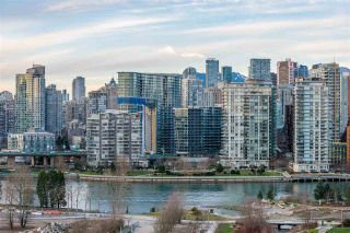 """Photo 18: 1409 1788 COLUMBIA Street in Vancouver: False Creek Condo for sale in """"Epic at West"""" (Vancouver West)  : MLS®# R2392931"""