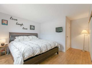 """Photo 15: 3345 MOUNTAIN Highway in North Vancouver: Lynn Valley Townhouse for sale in """"VILLAGE ON THE CREEK"""" : MLS®# V1141033"""