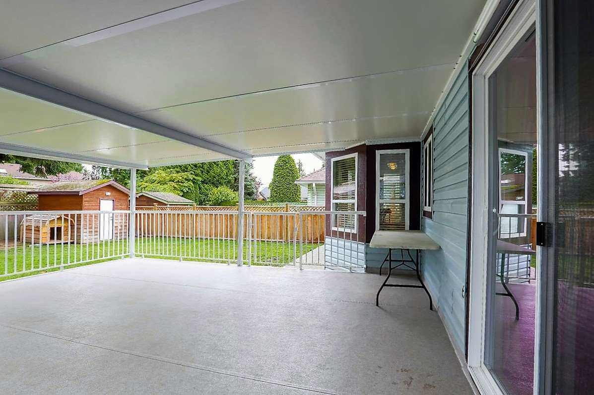 """Photo 18: Photos: 15676 84A Avenue in Surrey: Fleetwood Tynehead House for sale in """"FLEETWOOD"""" : MLS®# R2090516"""