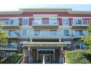 Photo 2: PH9 1371 Hillside Ave in VICTORIA: Vi Oaklands Condo for sale (Victoria)  : MLS®# 511291