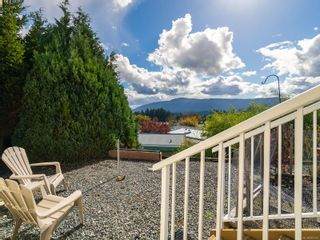 Photo 3: 13 6325 Metral Dr in Nanaimo: Na Pleasant Valley Manufactured Home for sale : MLS®# 887670