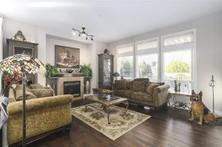 """Photo 5: 19547 THORBURN Way in Pitt Meadows: South Meadows House for sale in """"RIVERS EDGE"""" : MLS®# R2492738"""