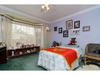 """Photo 16: 42 1400 164 Street in Surrey: King George Corridor House for sale in """"Gateway Gardens"""" (South Surrey White Rock)  : MLS®# F1419963"""
