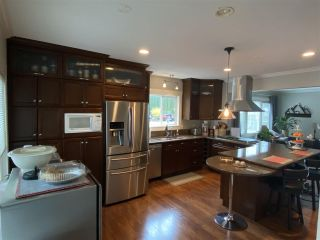 Photo 10: 555 ECHO Avenue: Harrison Hot Springs House for sale : MLS®# R2539179