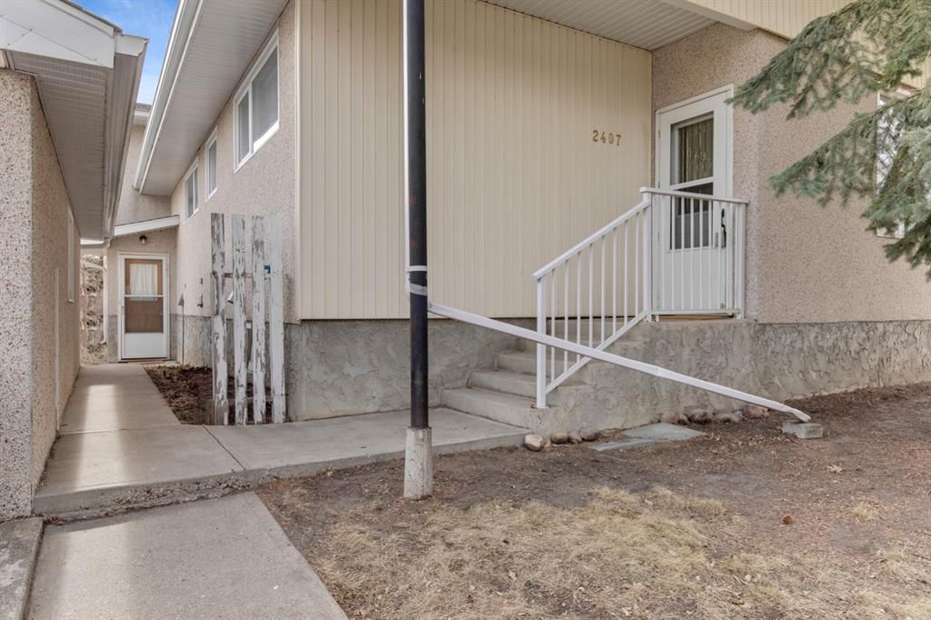 Main Photo: 2407 22 Street: Nanton Detached for sale : MLS®# A1081329