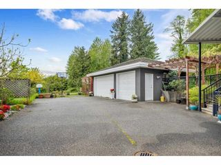 Photo 3: 7108 SOUTHVIEW Place in Burnaby: Montecito House for sale (Burnaby North)  : MLS®# R2574942