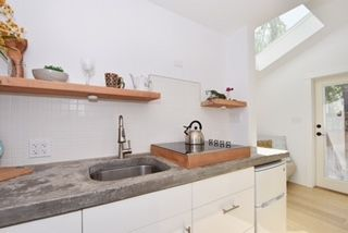 """Photo 17: 2236 E PENDER Street in Vancouver: Hastings House for sale in """"GRANDVIEW"""" (Vancouver East)  : MLS®# R2073977"""