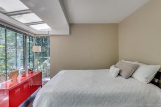 """Photo 10: 1285 SEYMOUR Street in Vancouver: Downtown VW Townhouse for sale in """"THE ELAN"""" (Vancouver West)  : MLS®# R2077325"""