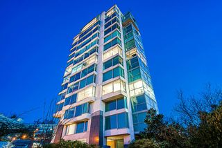 Photo 1: 401 1550 W 15TH Avenue in Vancouver: Fairview VW Condo for sale (Vancouver West)  : MLS®# R2356356