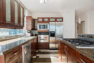 """Photo 10: 1101 1228 W HASTINGS Street in Vancouver: Coal Harbour Condo for sale in """"PALLADIO"""" (Vancouver West)  : MLS®# R2573352"""