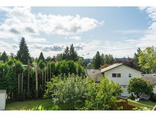 Photo 17: 2961 CAMROSE Drive in Burnaby: Montecito House for sale (Burnaby North)  : MLS®# R2408423