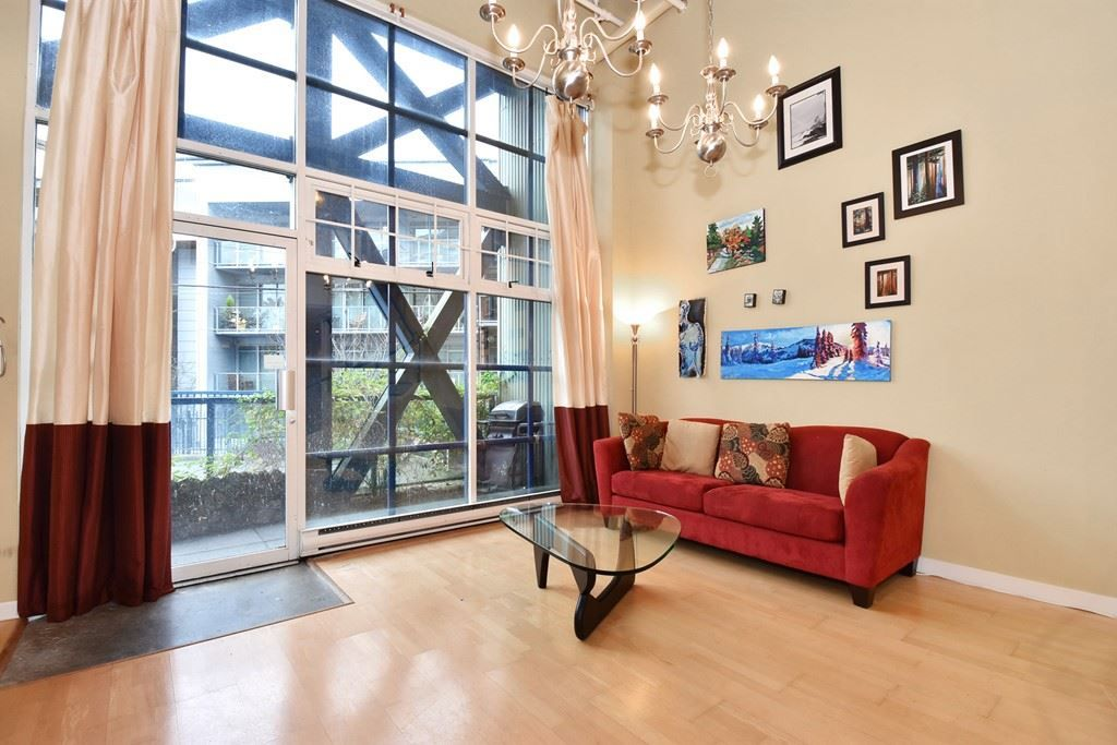 """Photo 2: Photos: 110 237 E 4TH Avenue in Vancouver: Mount Pleasant VE Condo for sale in """"ARTWORKS"""" (Vancouver East)  : MLS®# R2122835"""