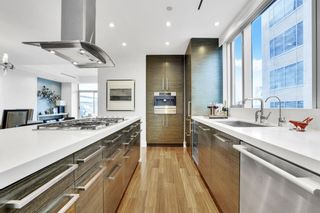 """Photo 7: 1902 667 HOWE Street in Vancouver: Downtown VW Condo for sale in """"PRIVATE RESIDENCES AT HOTEL GEORGIA"""" (Vancouver West)  : MLS®# R2615132"""