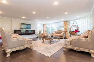 Photo 3: 1029 W 57TH Avenue in Vancouver: South Granville House for sale (Vancouver West)  : MLS®# R2578927