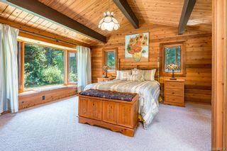 Photo 13: 353 Wireless Rd in Comox: CV Comox Peninsula House for sale (Comox Valley)  : MLS®# 881737