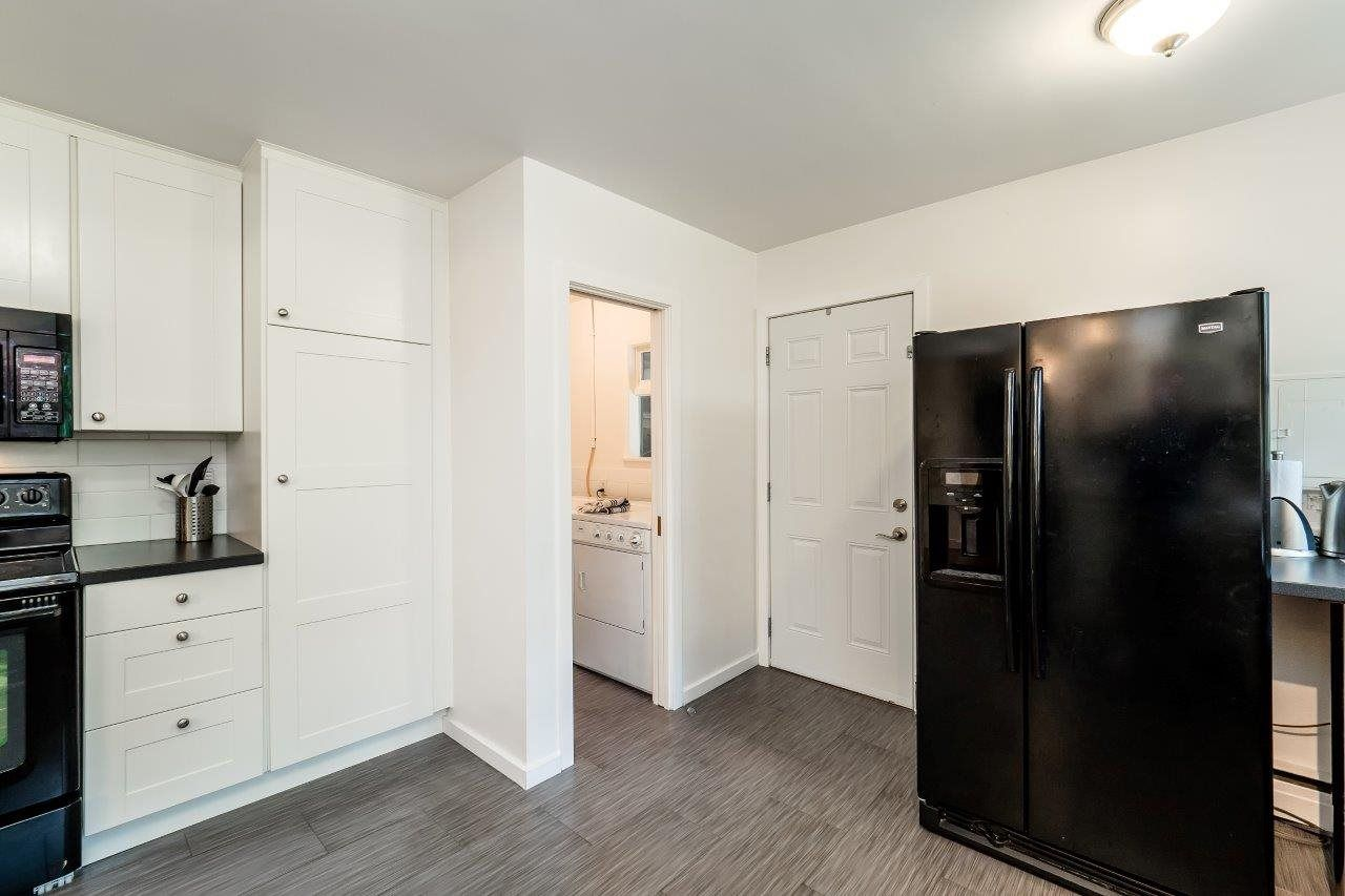 Photo 6: Photos: 1002 CLEMENTS Avenue in North Vancouver: Canyon Heights NV House for sale : MLS®# R2078694