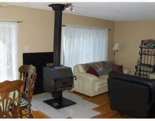 """Photo 5: 11030 PILOT MOUNTAIN Road in Prince_George: N73NK House for sale in """"PILOT MTN."""" (PG City North (Zone 73))  : MLS®# N174311"""