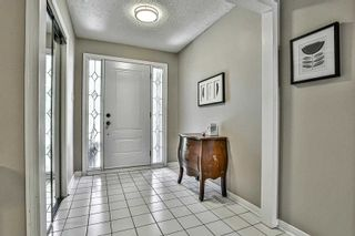 Photo 4: 124 Goldsmith Crescent in Newmarket: Armitage House (2-Storey) for sale : MLS®# N4792301