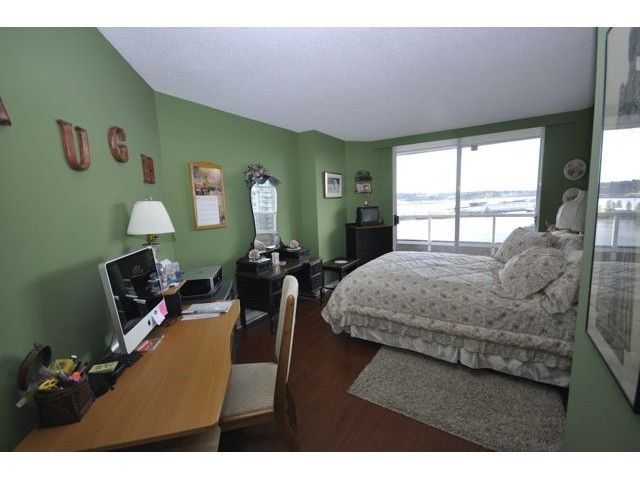 "Photo 8: Photos: 1806 1235 QUAYSIDE Drive in New Westminster: Quay Condo for sale in ""THE RIVERA"" : MLS®# V822108"