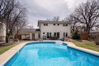 Photo 33: 10 Galsworthy Place in Winnipeg: Residential for sale (5G)  : MLS®# 202109719