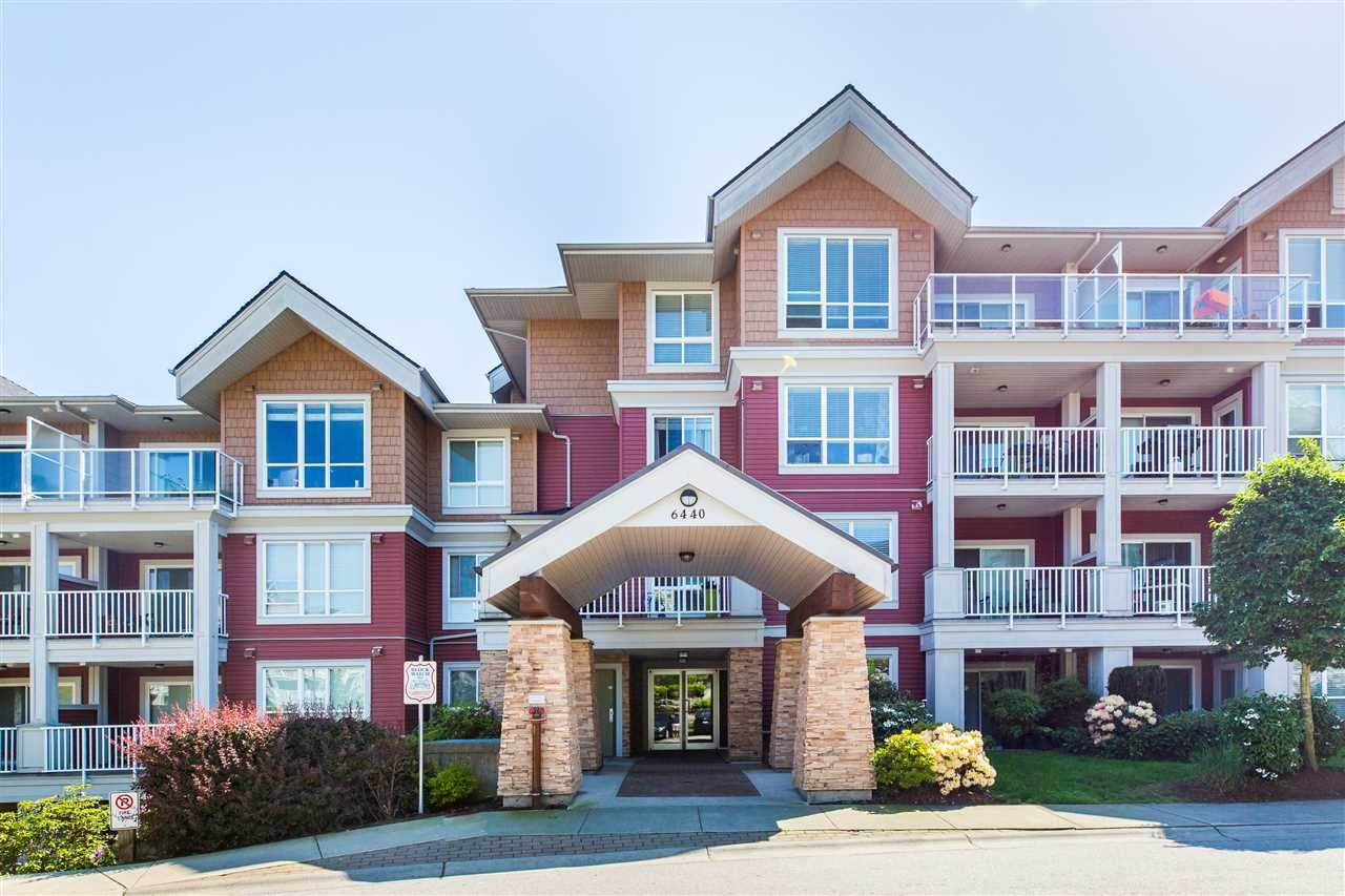 """Main Photo: 402 6440 194 Street in Surrey: Clayton Condo for sale in """"Waterstone"""" (Cloverdale)  : MLS®# R2267369"""