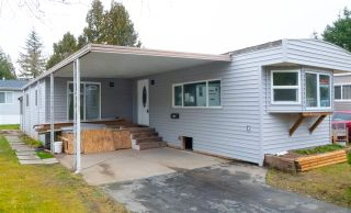 Photo 3: 101 7790 KING GEORGE Boulevard in Surrey: Bear Creek Green Timbers Manufactured Home for sale : MLS®# R2543662