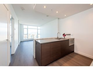"""Photo 1: 3207 4670 ASSEMBLY Way in Burnaby: Metrotown Condo for sale in """"Station Square"""" (Burnaby South)  : MLS®# R2320659"""