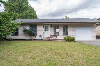 Photo 1: 20009 46A AVENUE in Langley: Langley City House for sale : MLS®# R2177503