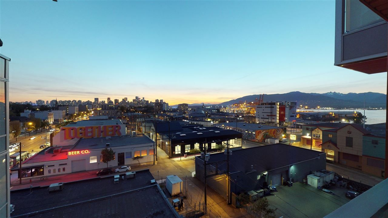 """Main Photo: 701 933 E HASTINGS Street in Vancouver: Strathcona Condo for sale in """"STRATHCONA VILLAGE-BALLANTYNE"""" (Vancouver East)  : MLS®# R2368592"""