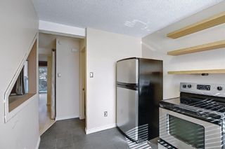 Photo 10: 2 304 Cedar Crescent SW in Calgary: Spruce Cliff Row/Townhouse for sale : MLS®# A1153924