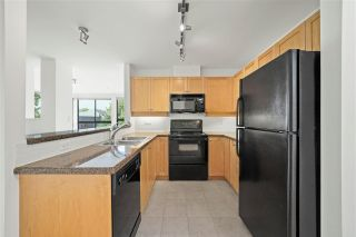 """Photo 9: 505 997 W 22ND Avenue in Vancouver: Cambie Condo for sale in """"The Crescent in Shaughnessy"""" (Vancouver West)  : MLS®# R2579625"""