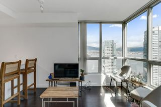 """Photo 6: 2204 555 JERVIS Street in Vancouver: Coal Harbour Condo for sale in """"Harbourside Park"""" (Vancouver West)  : MLS®# R2544198"""