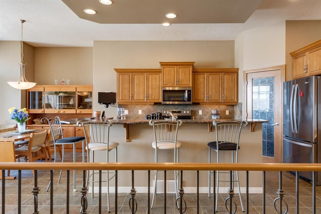 Photo 11: Photos: 3 Tuscany Glen Place NW in Calgary: Tuscany Detached for sale : MLS®# A1091362