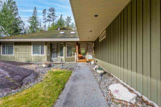 """Photo 9: 158 STONEGATE Drive: Furry Creek House for sale in """"Furry Creek"""" (West Vancouver)  : MLS®# R2549298"""